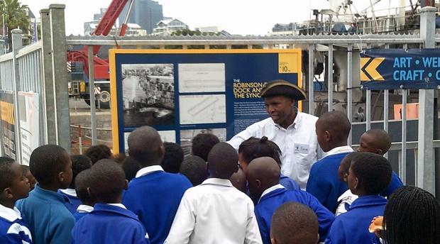 Guided Tour, working harbor, school group, V&A Waterfront
